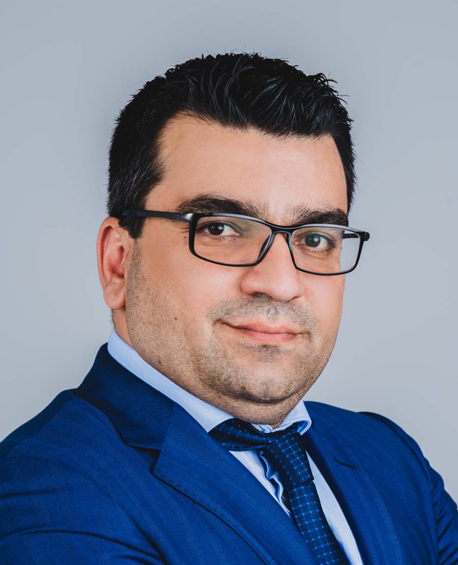 Dr. Ali Mohamad